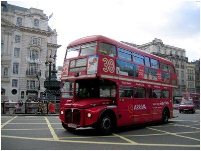 Englanti Lontoo kaksikerroksinen punainen bussi loma kuva