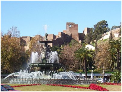 Malaga Gibralfaron linna Costa del Sol aurinkorannikko loma matka
