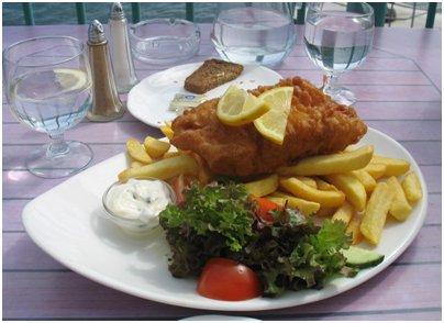 Fish and chips on olennainen osa englantilaista keittiötä