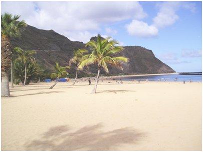 Espanja Kanariansaaret Teneriffa Santa Cruz de Tenerife Playa las Teresitas uimaranta San Andres