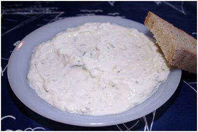 Kreikkalainen Tsatsiki-salaattiannos keittiö ruoka kuva Zakynthos Kreikka loma matka
