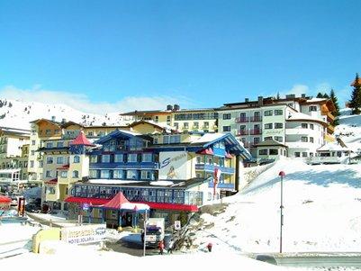kuva Alpit Obertauern loma matka Itävalta