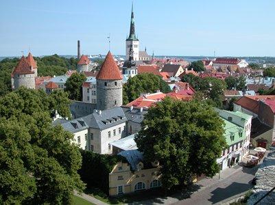 kuva Tallinna Viro vanha kaupunki loma matka